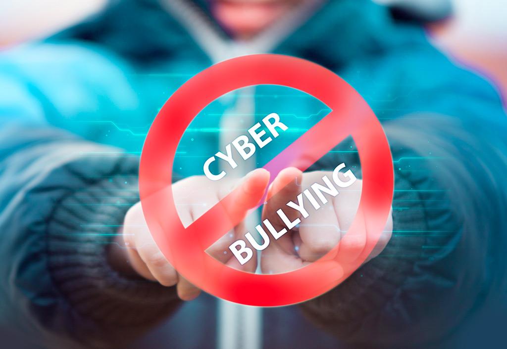 """Con pandemia cyberbullismo in aumento,  rabbia e apatia i """"campanelli d'allarme"""""""